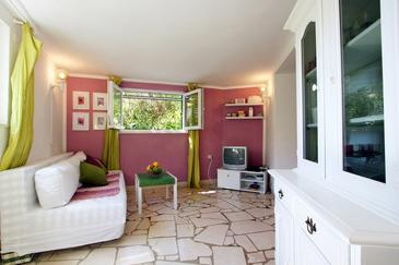 Supetar, Obývacia izba v ubytovacej jednotke apartment, dopusteni kucni ljubimci i WIFI.