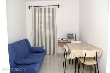 Supetar, Dining room in the studio-apartment, WIFI.