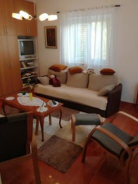 Mirca, Pokój dzienny w zakwaterowaniu typu apartment, dopusteni kucni ljubimci i WIFI.