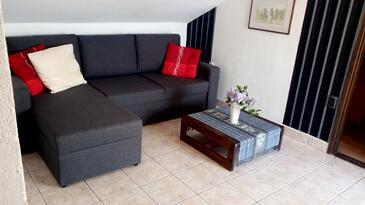 Splitska, Pokój dzienny w zakwaterowaniu typu apartment, dostupna klima, dopusteni kucni ljubimci i WIFI.