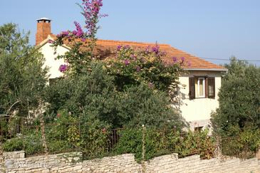 Supetar, Brač, Property 2863 - Apartments with pebble beach.
