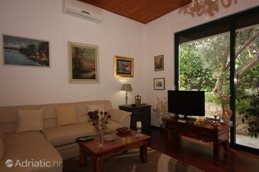Splitska, Гостиная в размещении типа apartment, доступный кондиционер и WiFi.
