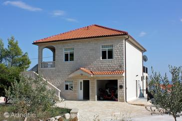 Sumartin, Brač, Property 2871 - Apartments by the sea.
