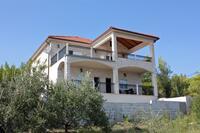Apartments by the sea Sumartin (Brač) - 2871