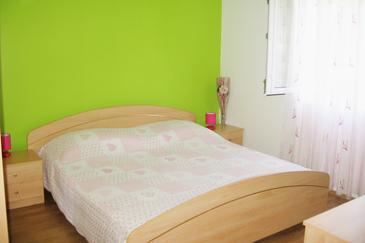 Bol, Bedroom in the room, WIFI.