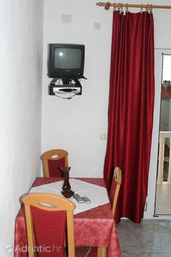 Bol, Dining room in the apartment, WiFi.