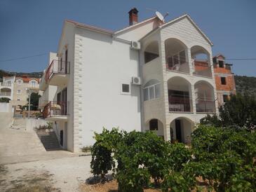 Bol, Brač, Property 2890 - Apartments with pebble beach.