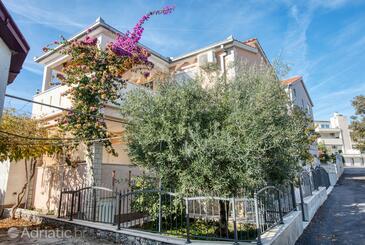 Rogoznica, Rogoznica, Property 2895 - Apartments by the sea.