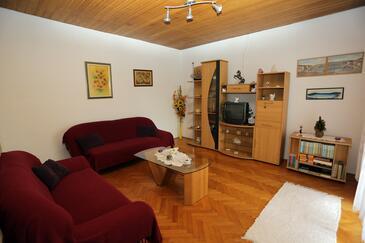 Supetar, Pokój dzienny w zakwaterowaniu typu apartment, dopusteni kucni ljubimci i WIFI.