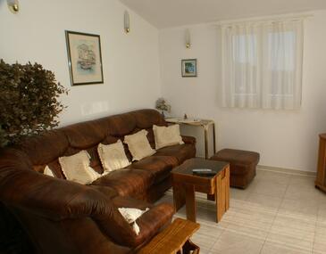 Vela Farska, Living room in the apartment.