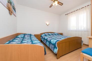 Bedroom 2   - A-290-a