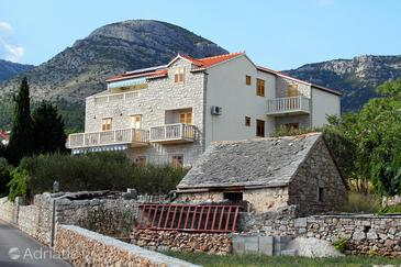 Bol, Brač, Property 2900 - Apartments with pebble beach.