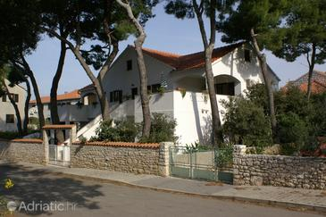 Mirca, Brač, Property 2902 - Apartments near sea with pebble beach.