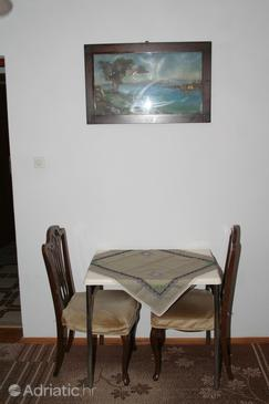 Povlja, Dining room in the studio-apartment, WIFI.