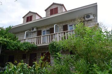 Povlja, Brač, Obiekt 2922 - Apartamenty ze żwirową plażą.