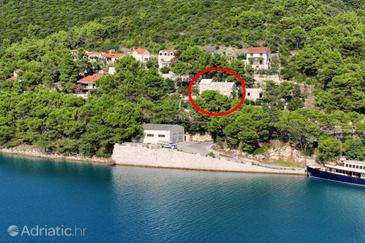 Pučišća, Brač, Property 2927 - Apartments by the sea.