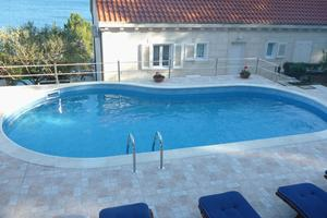 Seaside house with a swimming pool Sumartin (Brač) - 2931