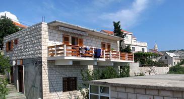 Povlja, Brač, Property 2935 - Apartments by the sea.