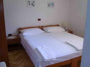 Sutivan, Bedroom in the room, WIFI.