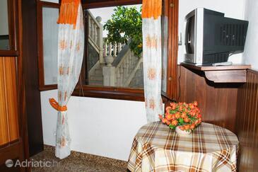 Sumartin, Столовая в размещении типа studio-apartment, Домашние животные допускаются и WiFi.