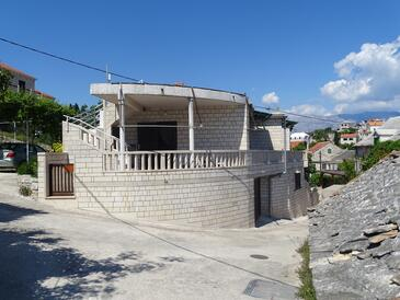 Sumartin, Brač, Property 2951 - Apartments by the sea.