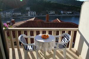 Apartments by the sea Povlja (Brač) - 2955
