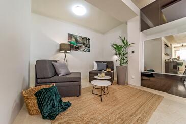 Puntinak, Obývací pokoj 1 v ubytování typu house, WiFi.