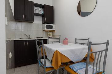 Lokva Rogoznica, Kuchyně v ubytování typu apartment, WiFi.
