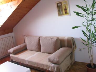 Tribunj, Living room in the apartment, WiFi.