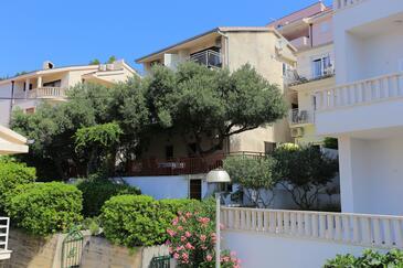 Baška Voda, Makarska, Objekt 300 - Ubytování v blízkosti moře s oblázkovou pláží.