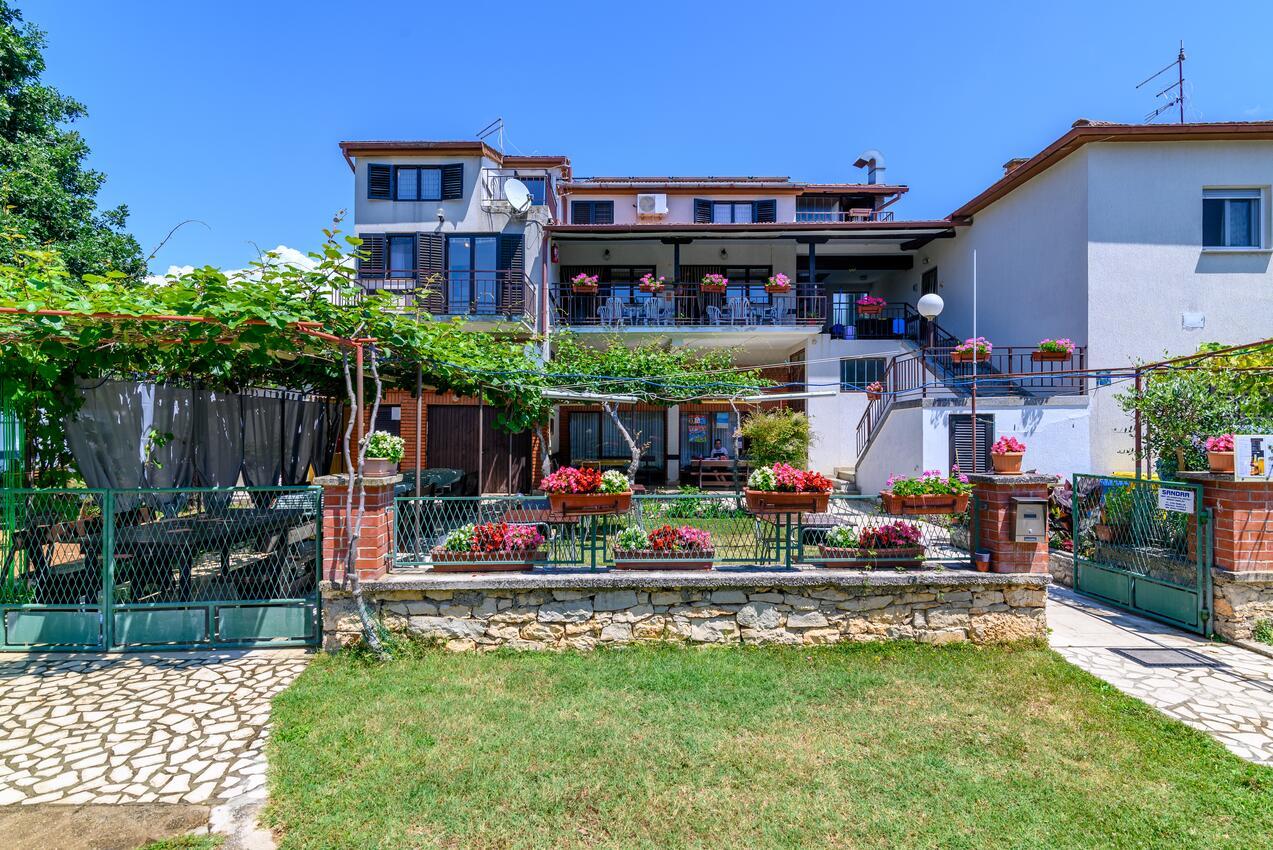 Ferienwohnung im Ort Banjole (Pula), Kapazität 4+2 (1891303), Banjole, , Istrien, Kroatien, Bild 1