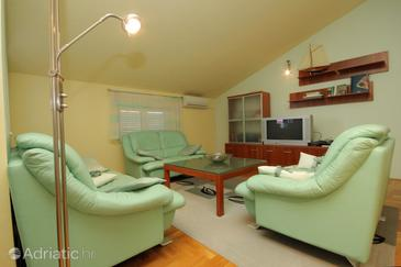 Poreč, Living room in the apartment, dostupna klima i dopusteni kucni ljubimci.