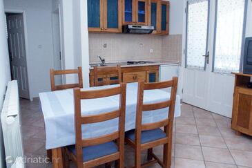Vrsar, Dining room in the apartment, (pet friendly) and WiFi.