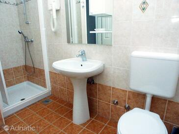 Bathroom 2   - A-3007-c