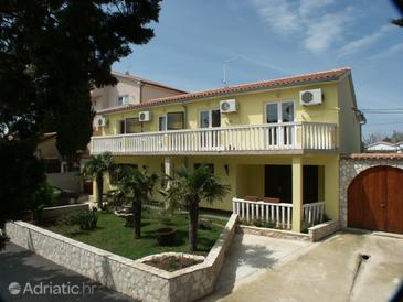 Premantura, Medulin, Property 3012 - Apartments and Rooms with pebble beach.