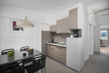 Kuchyně    - A-3015-e