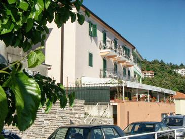 Rabac, Labin, Property 3016 - Rooms near sea with pebble beach.