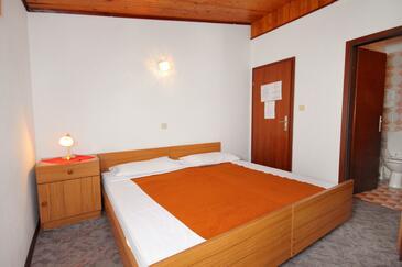 Crikvenica, Bedroom in the room, dostupna klima, dopusteni kucni ljubimci i WIFI.