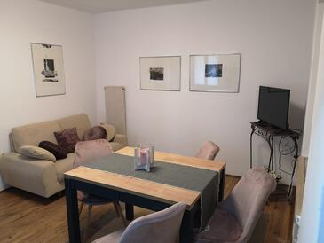 Krnica, Obývací pokoj v ubytování typu apartment, WiFi.