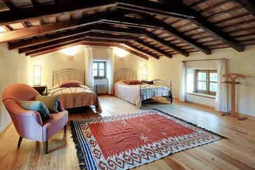 Bale, Bedroom in the room, dostupna klima i WIFI.