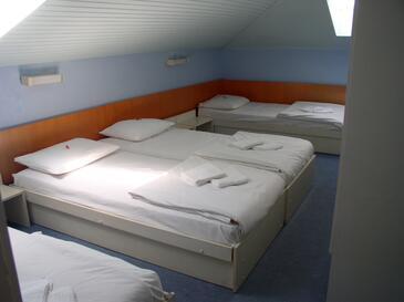 Veli Lošinj, Bedroom 1 in the room, dopusteni kucni ljubimci.
