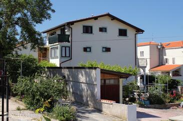 Mali Lošinj, Lošinj, Property 3043 - Apartments and Rooms with pebble beach.