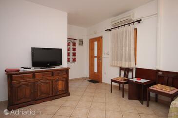Mali Lošinj, Living room in the apartment, dostupna klima.