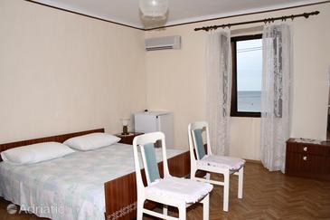 Zambratija, Bedroom in the room, dopusteni kucni ljubimci.
