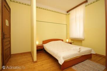 Beli, Bedroom 1 in the room, (pet friendly) and WiFi.