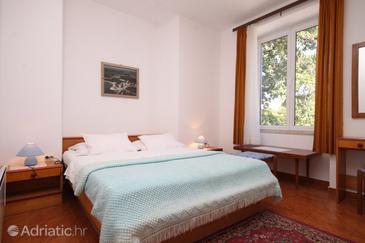 Bašanija, Bedroom in the room.
