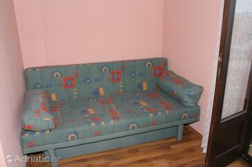 Igrane, Living room in the studio-apartment, WIFI.