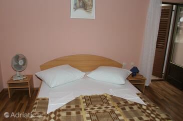 Igrane, Bedroom in the room, WIFI.