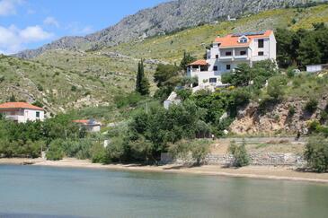 Duće, Omiš, Property 3062 - Apartments and Rooms near sea with sandy beach.