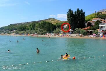 Duće, Omiš, Объект 3063 - Комнаты вблизи моря с песчаным пляжем.
